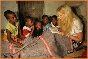 Först i Afrika fick Liza ro, väldigt lite lågenergilampor där...